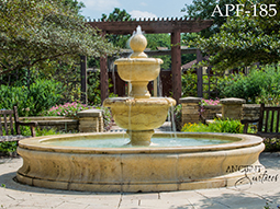 Antique pool fountain with ballustrade
